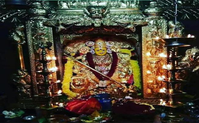 Shakambari Fair Going To Be Done For 3 Days In Indrakiladri Temple, Vijayawada - Sakshi