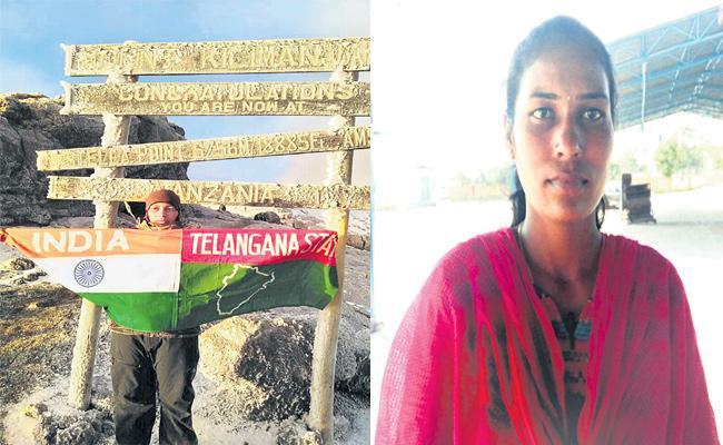 PET Teacher Was First Woman From Telangana To Climb Mount-Kilimanjaro - Sakshi