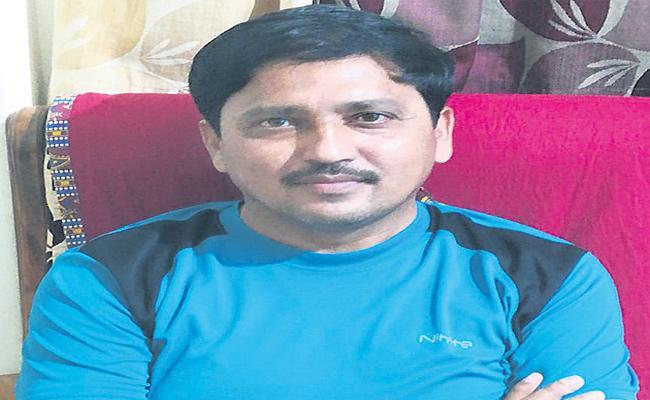 Agricultural Officer Parasuram Naik Recalling Memories Of Childhood In Medak - Sakshi