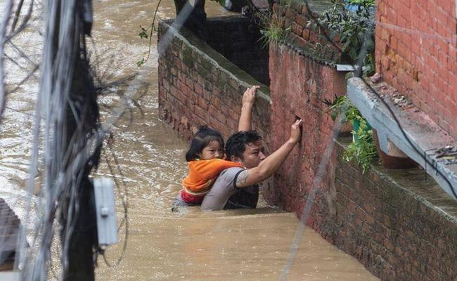 Heavy Rains In Nepal Death Toll Rises To 43 - Sakshi