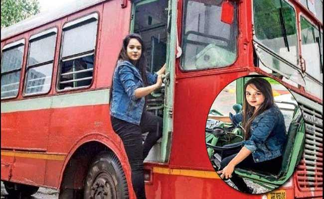 pratiksha das becomes Mumbai first female bus driver  - Sakshi