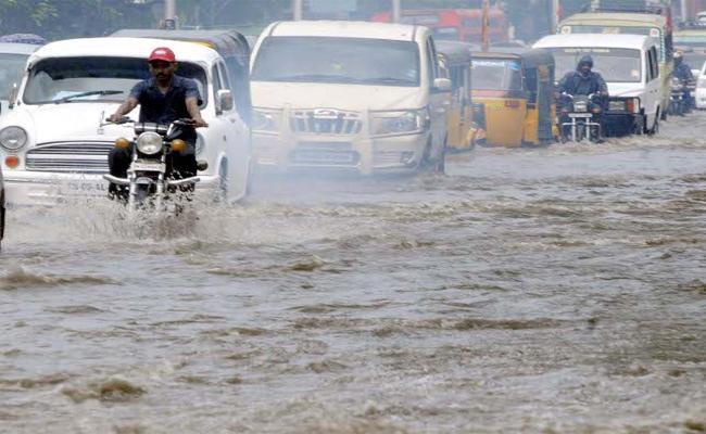 Heavy Rain In Chennai - Sakshi