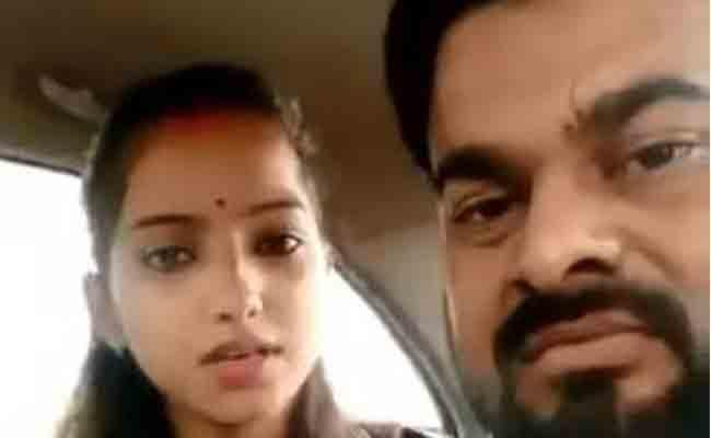 BJP MLA daughter Sakshi Misra Husband kidnapped from outside Allahabad HC
