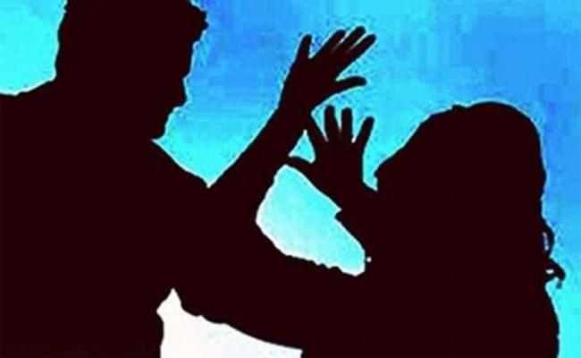 Man Admits He Killed Wife In YaddanaPudi Mandal  - Sakshi