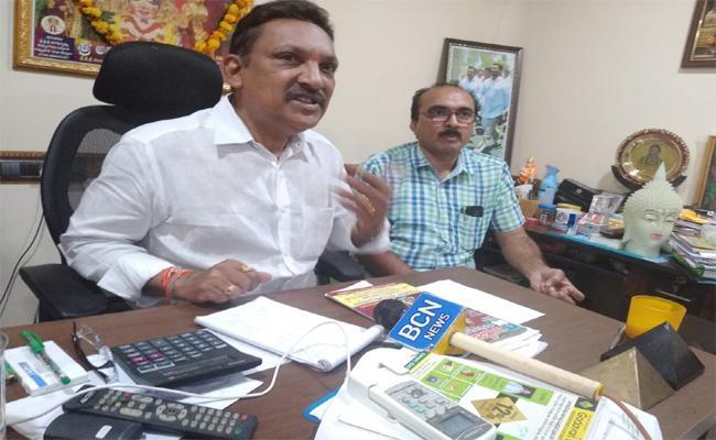 MLA grandhi srinivas fires On TDP In Bhimavaram - Sakshi