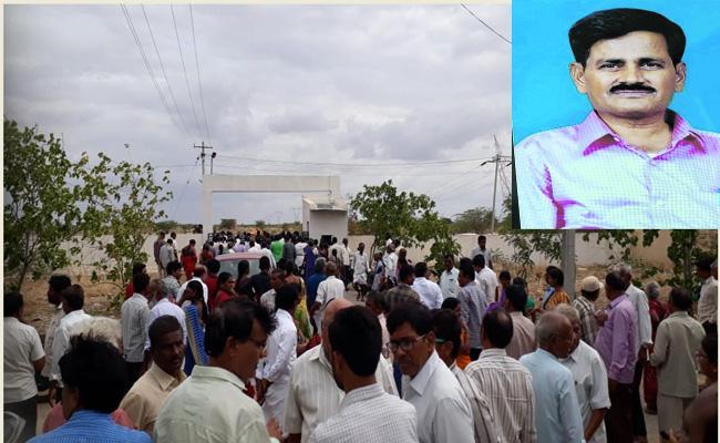 Dr. Krishnamurthy Who Struggled To Develop Rayalaseema Passed Away - Sakshi