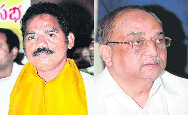 MLA Vasupalli Ganesh Has Inner Fight With Rehman In Visakhapatnam - Sakshi