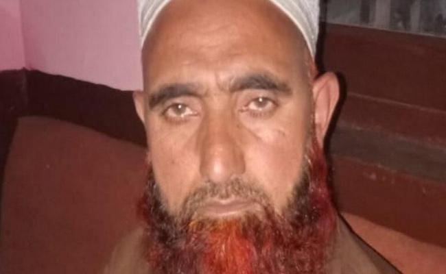 Suspected Jaish Terrorist From Srinagar Arrested In Delhi - Sakshi