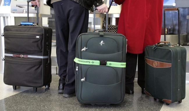 40kg Baggage Allowance For Air India Passengers to UAE - Sakshi