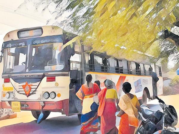 RTC Stranding with outdated buses - Sakshi