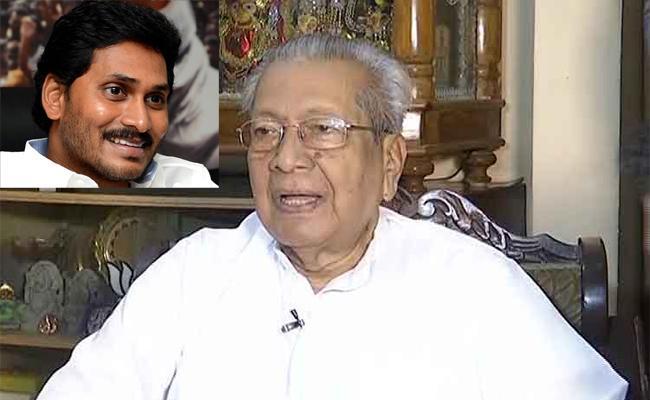 CM YS Jagan Phone Call To AP New Governor Biswa Bhusan Harichandan - Sakshi