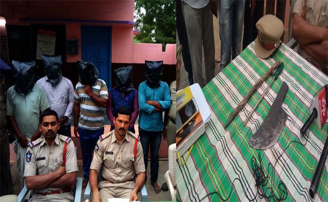 Police Resolved Murder-case In Sirvella - Sakshi