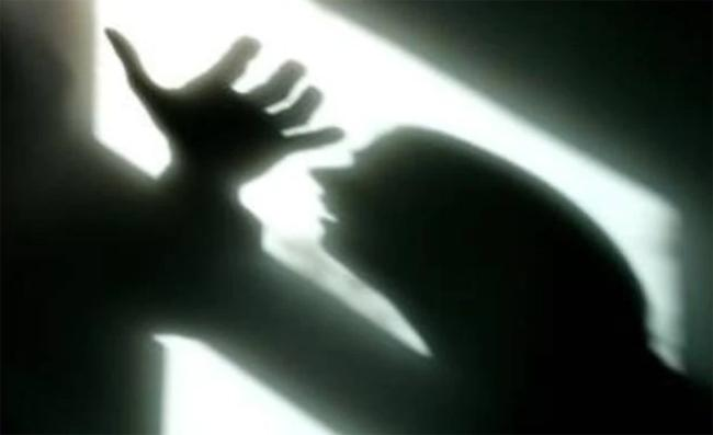 TDP Activist Tried To Attempt Rape On Women In Anantapur - Sakshi