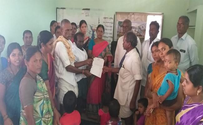 Thadiparthi Gram Panchayat Resolution to Expel Those who Harass Women - Sakshi