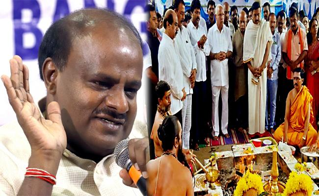 Karnataka rebel MLAs should not be forced to take part in Assembly - Sakshi