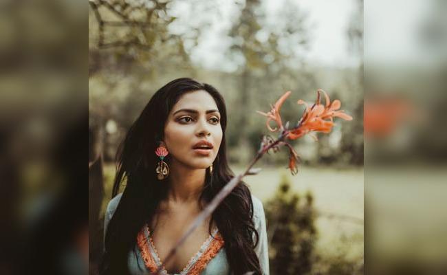 Amala Paul Reveals Her Relationship - Sakshi