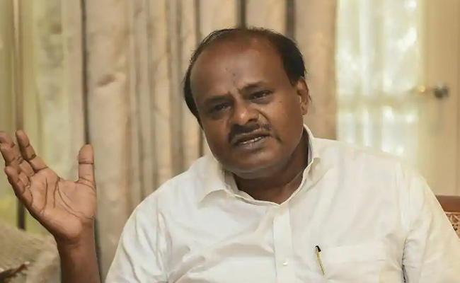 Vajubhai Vala Suggestions To Kumara Swamy On Trust Vote - Sakshi