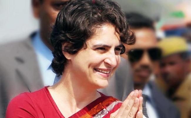 Priyanka will Be Acceptable As Congress President Say Anil Shastri - Sakshi