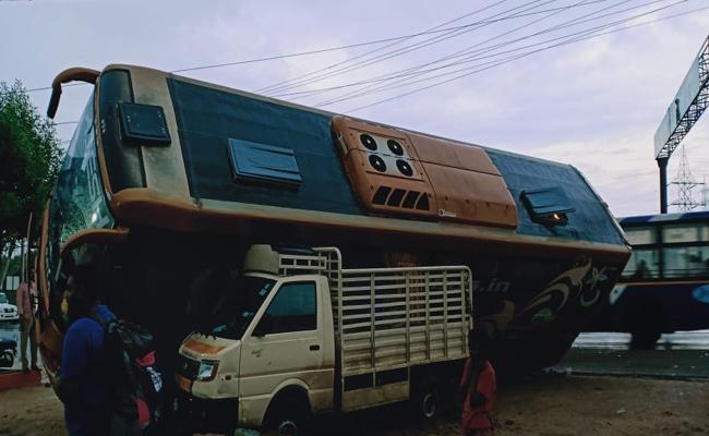 Volvo Bus From Vizag To Bangalore Fell On TATA ACE At Renigunta - Sakshi