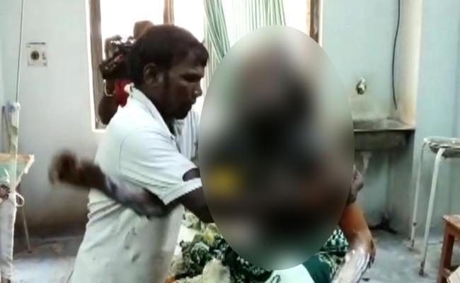 Mother Tried To Suicide Attempt Along Her Daughter Nizamabad - Sakshi