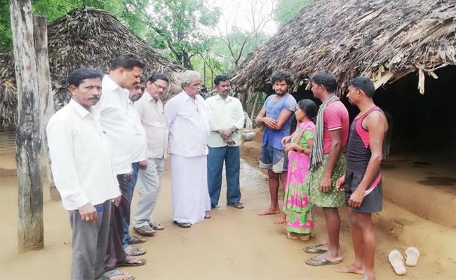 Child Deaths In Ummidivaram East Godavari - Sakshi