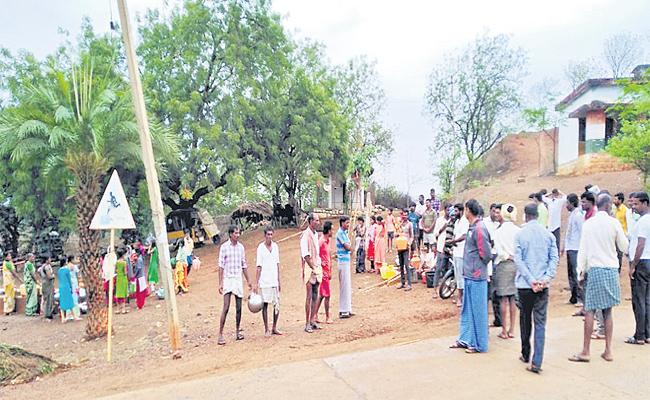 Authorities Power Shut Down In Shivanna gudem  Medak - Sakshi