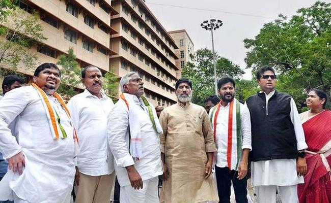 T Congress Leaders Visits Secretariat - Sakshi