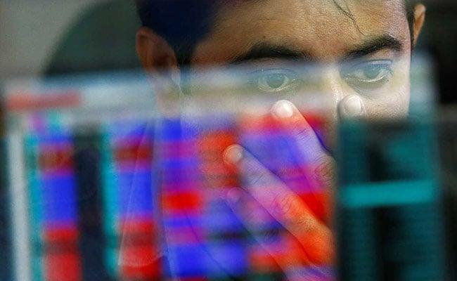 Sensex Nifty Off Day Lows ONGC, Bharti Airtel Top Gainers - Sakshi