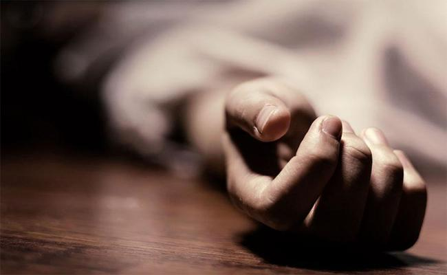 UP Man Declared Dead Wakes Up Just Before Burial - Sakshi