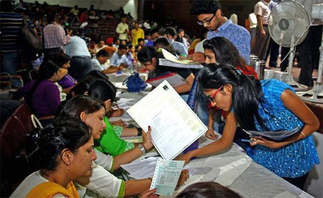 Diet counseling is unfair to Kendriya Vidyalaya Students - Sakshi