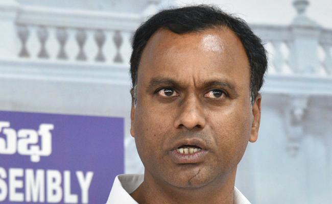 Komatireddy Venkata Reddy may Join BJP - Sakshi