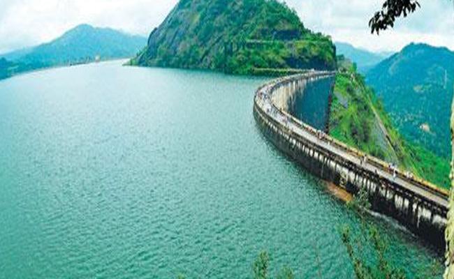 Kerala Plans To Produce Water Budget - Sakshi