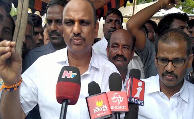 Minister Shankar Narayana Fired on Chandrababu-Naidu In Anantapur - Sakshi