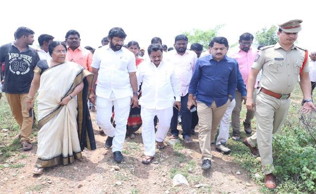 Green Signal to Industrial Park in Ramagundam Area - Sakshi