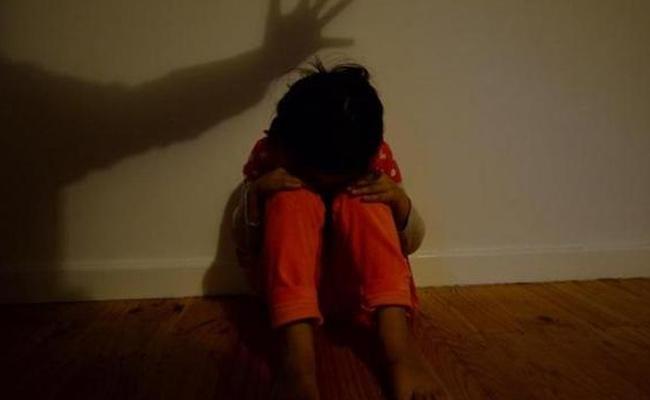 Youth Molested Three Years Old Girl in Nizamabad - Sakshi