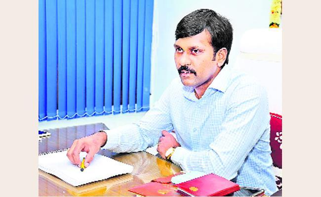 Collector Hari Kiran Has Come Up With A Special Vision On Kadapa District Development. - Sakshi