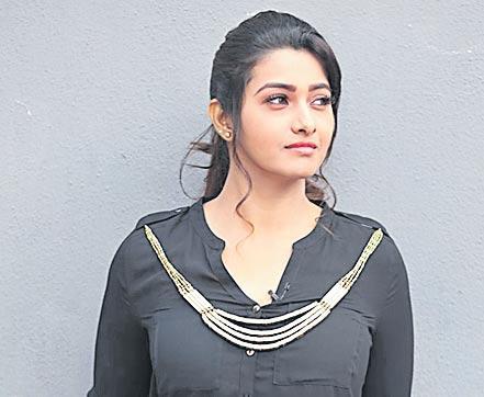 Priya Bhavani Shankar next film with Vikram - Sakshi