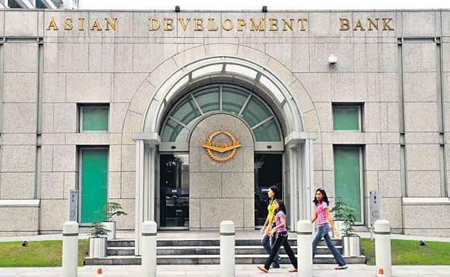 ADB Downs Indian Inflation - Sakshi