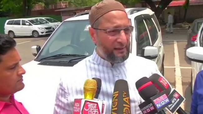 Asaduddin Owaisi Said Sadhvi Pragya working against PM Modi - Sakshi