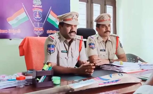 Wife Murdered Her Husband Extramarital Affair In Rangareddy District - Sakshi