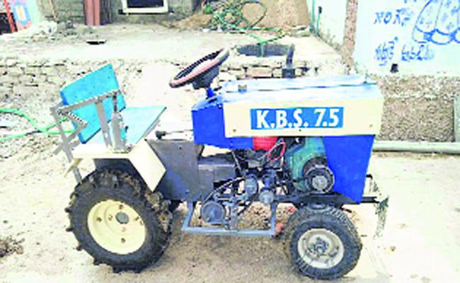 Son Gifted Mini Tractor To Father In Nalgonda - Sakshi