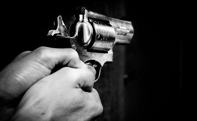 Jharkhand BJP Leader  Shot Dead Along With Family - Sakshi