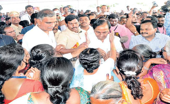 CM KCR Comments On Chintamadaka - Sakshi