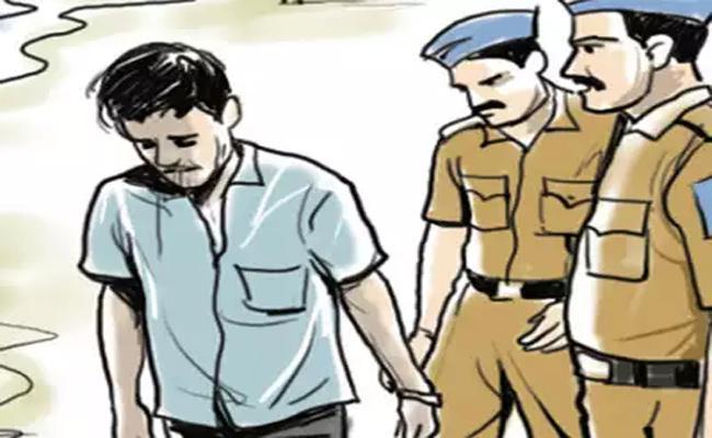 DSP Mallikarjun Says, We Resolved Murder Case In Kalyanadurgam - Sakshi