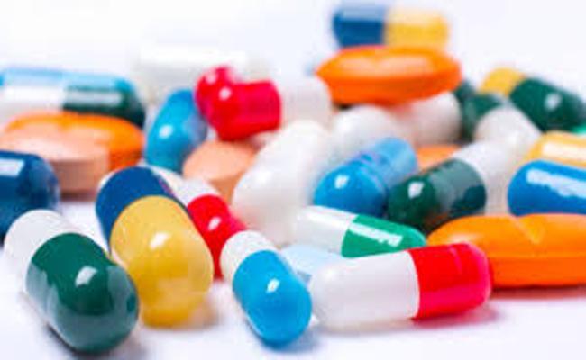 Medical Agencies Supplying Counterfeit Drugs To Kurnool From Sangareddy - Sakshi