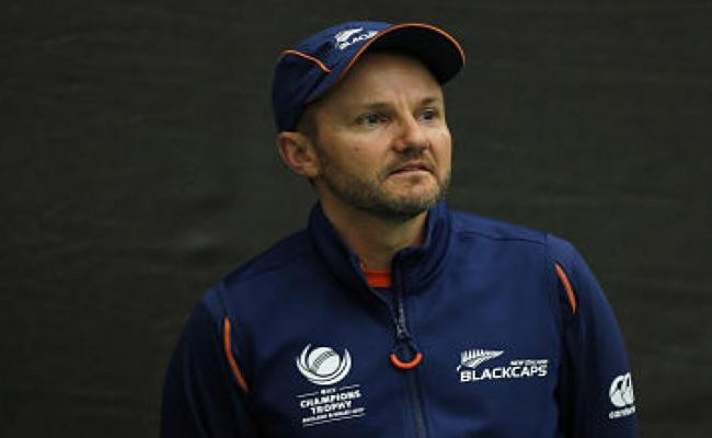 Mike Hesson Set To Apply For Team India Head Coach - Sakshi