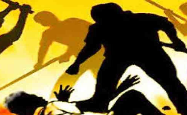 Married Man Axed To Death Over Extramarital Affair In Chilakaluripet - Sakshi
