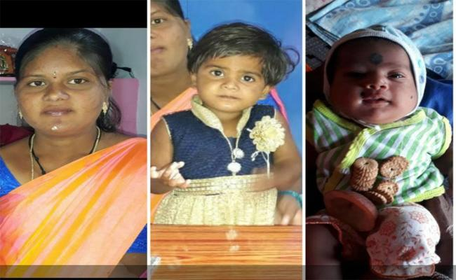 Women Died With Her Two Daughters In  Malyala, Peddapalli - Sakshi