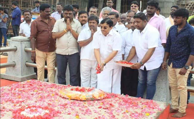 AIADMK Maitreyan Said Party Does Not Give Him Another Chance - Sakshi