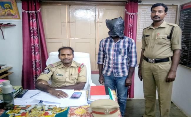 Police Have Arrested The Main Suspect In The Romipicherla Girl Kidnapping Case - Sakshi